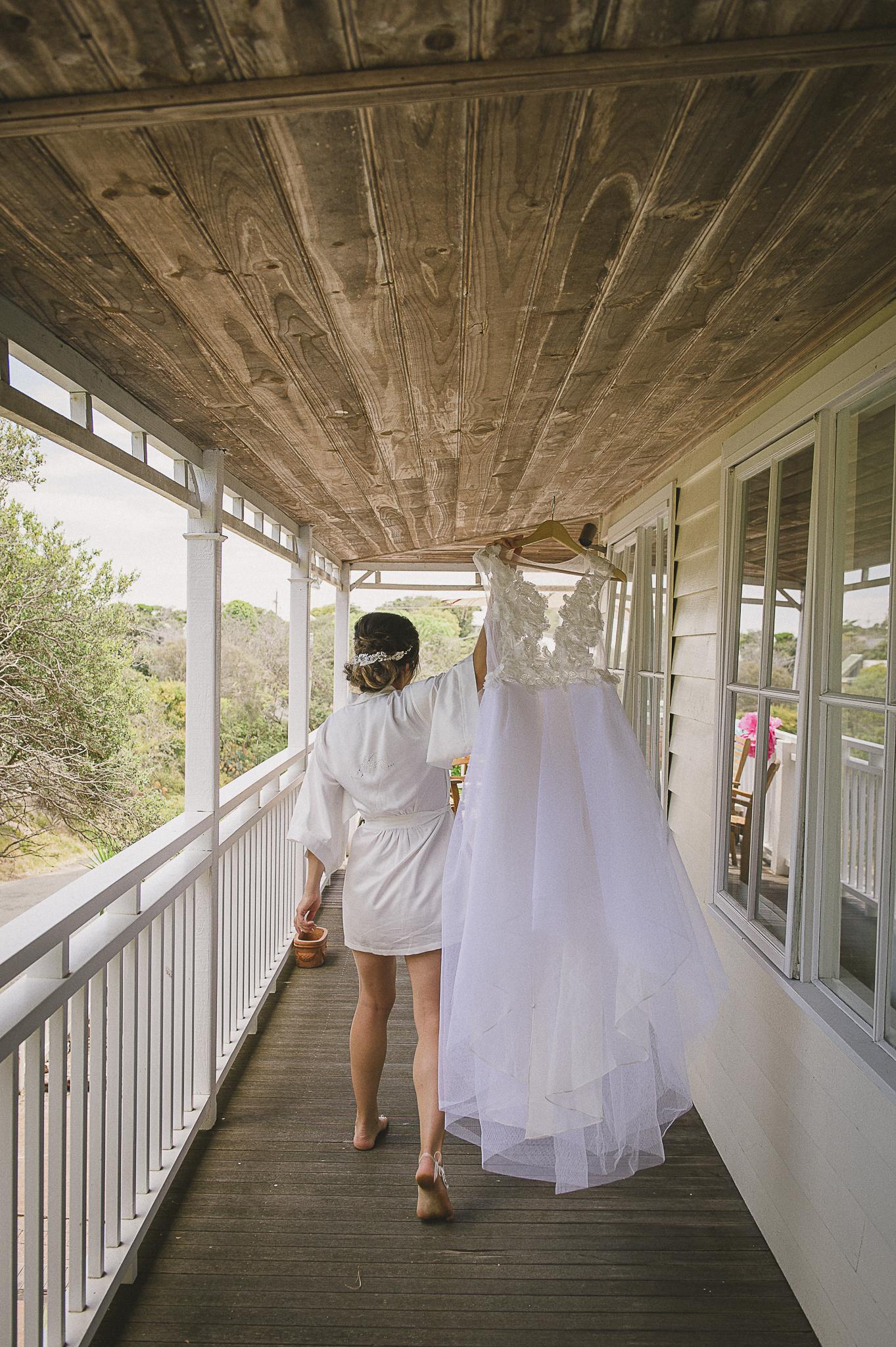 Sorrento Wedding, mornington peninsular wedding, Sunbury wedding Photographer, Sorrento Wedding Photographer, New Years eve wedding, beach wedding, relaxed wedding photography, carla zampatti wedding dress