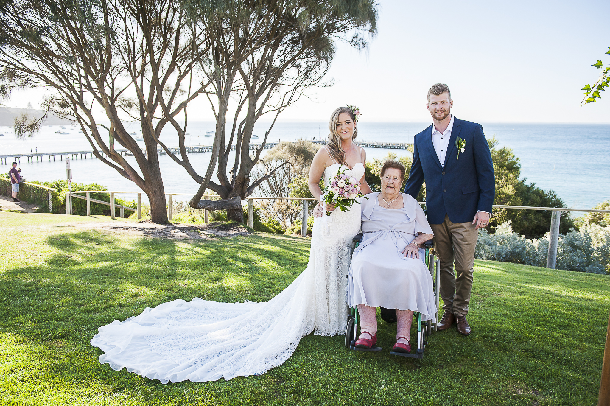 wedding flowers, vintage bride, Daylesford wedding, country wedding, vintage wedding, Bringlebit farm
